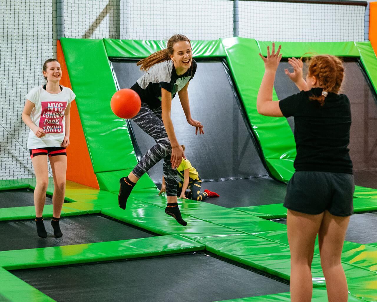 Fun Zone - Strefa trampolin 2